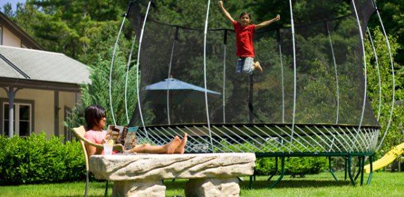 kidjumping_trampoline